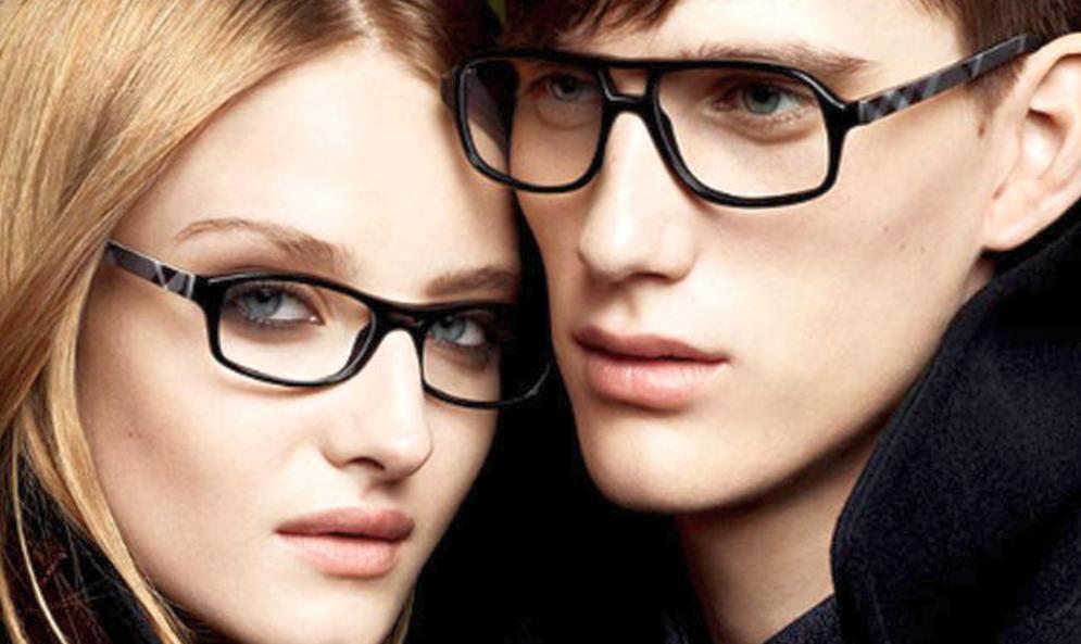 Как и зачем проверять зрение? Где выбрать линзы johnson johnson?