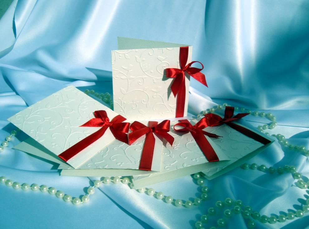 Где и как выбирать корпоративные подарки на 23 февраля?