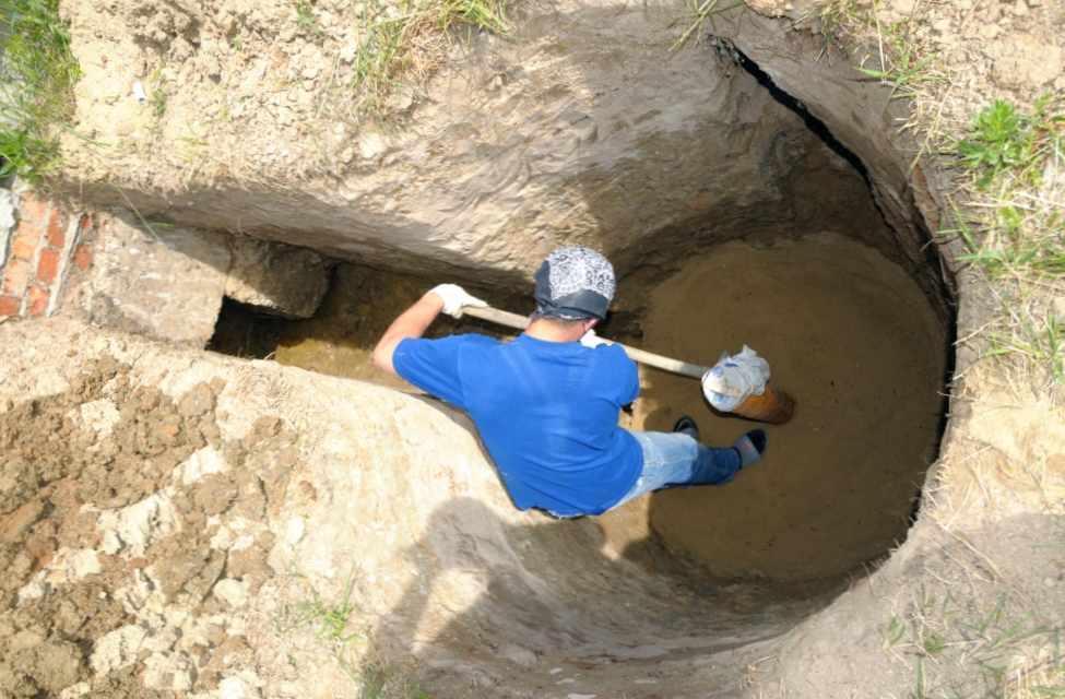 Как сделать водопровод на даче из колодца?