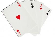 Где стоит выбирать игральные карты?