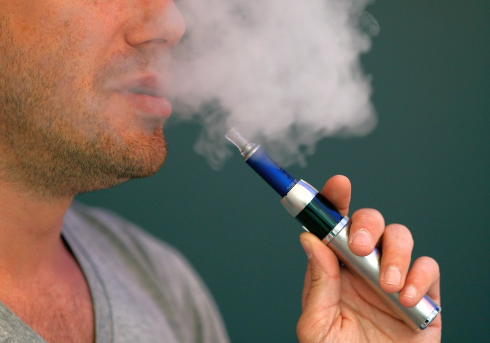 Что лучше, обычная сигарета или электронная?