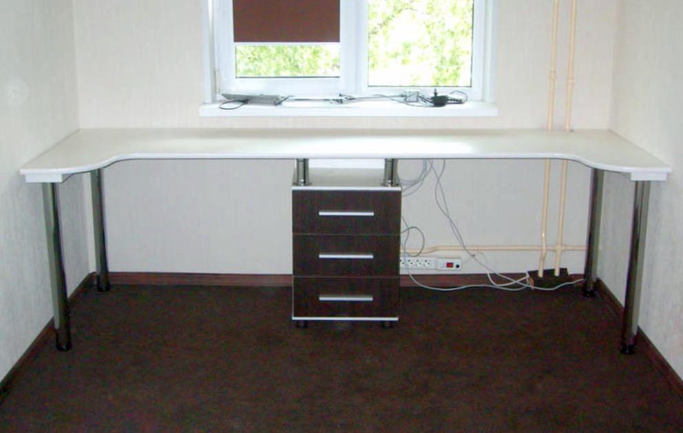 Каким должен быть компьютерный стол?