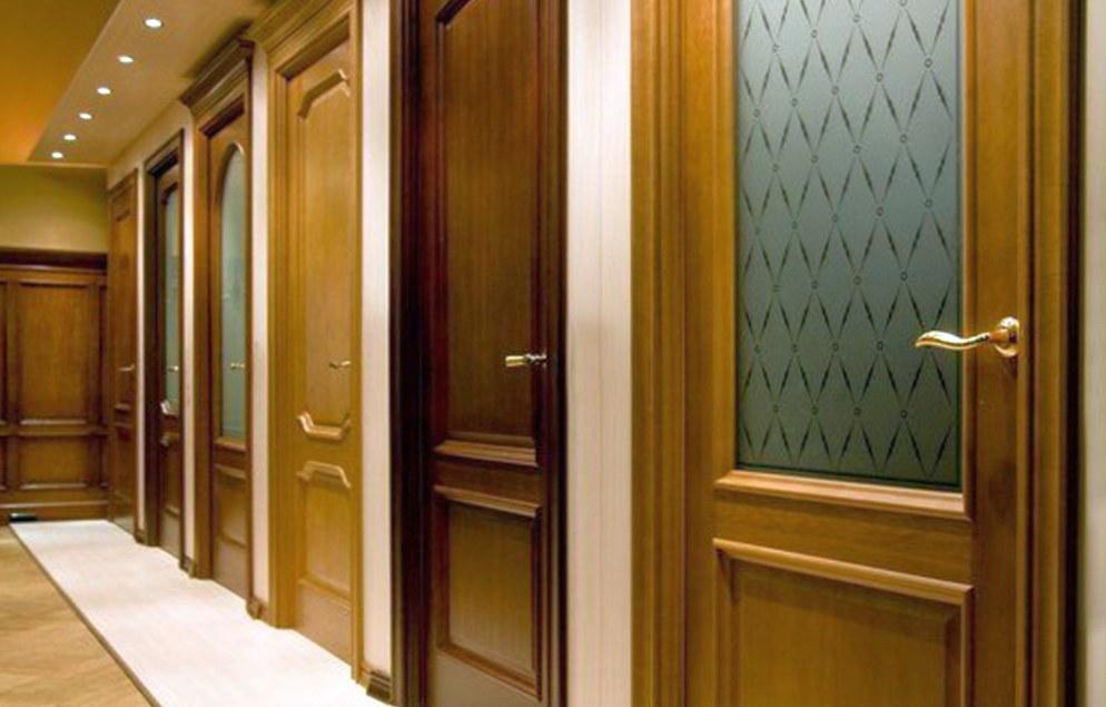 Где выбирать входные и межкомнатные двери?