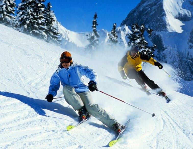 Где выбрать качественные беговые лыжи или лыжные ботинки?