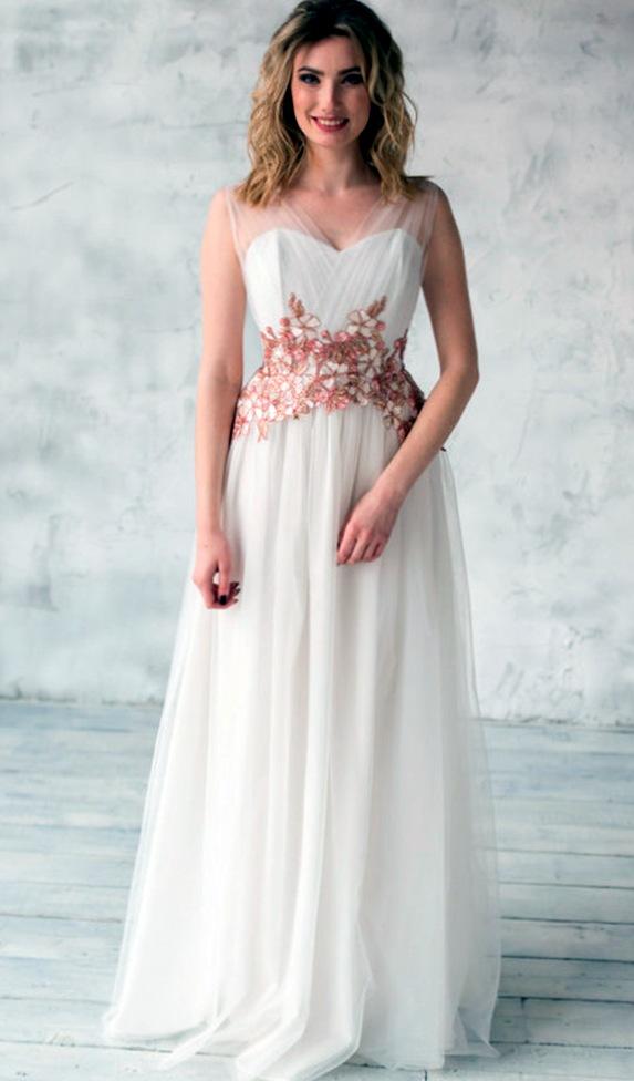 Где найти необычное свадебное платье?