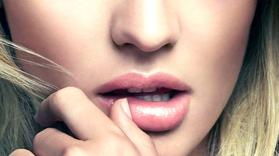 Где в Киеве можно увеличить губы?